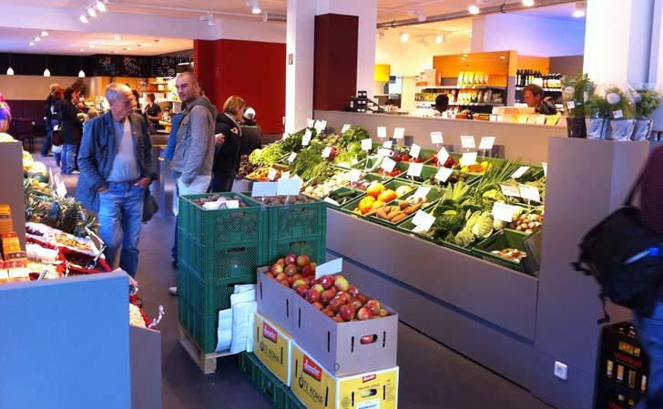 Veganz är en vegansk matbutik och bistro i Prenzlauer Berg. Foto: Berlinow